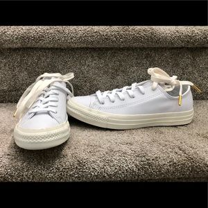 NWOT White Leather Converse